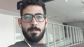 Egy hónapja egy tranzitváróban él egy szíriai férfi