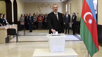 Aliyev lenyomta Putyint, rá az azeriek 86 százaléka voksolt