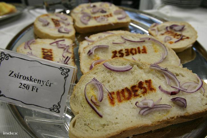 Választási zsíros kenyér 2010-ben