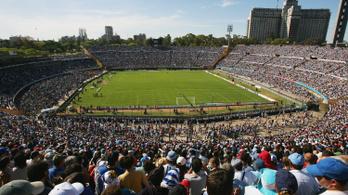 Lebonthatják az első focivébé stadionját