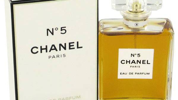 A Chanel #5 parfüm