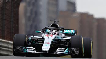 Hihetetlen szoros, Räikkönen 7, Bottas 33 ezredre Hamiltontól