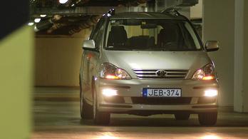 Hétszemélyes benzines Toyotát, de melyiket?