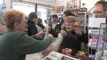 A misén is hirdetik a szociális boltot