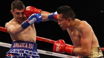 A nap vesztese a migránsellenes nadrágot viselő boxoló, akit egy mexikói ütött ki