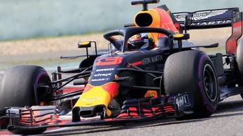 Ricciardo zseni húzás után nyerte a Kínai Nagydíjat