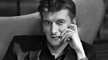 Meghalt egy orosz oknyomozó újságíró, kiesett egy ablakon