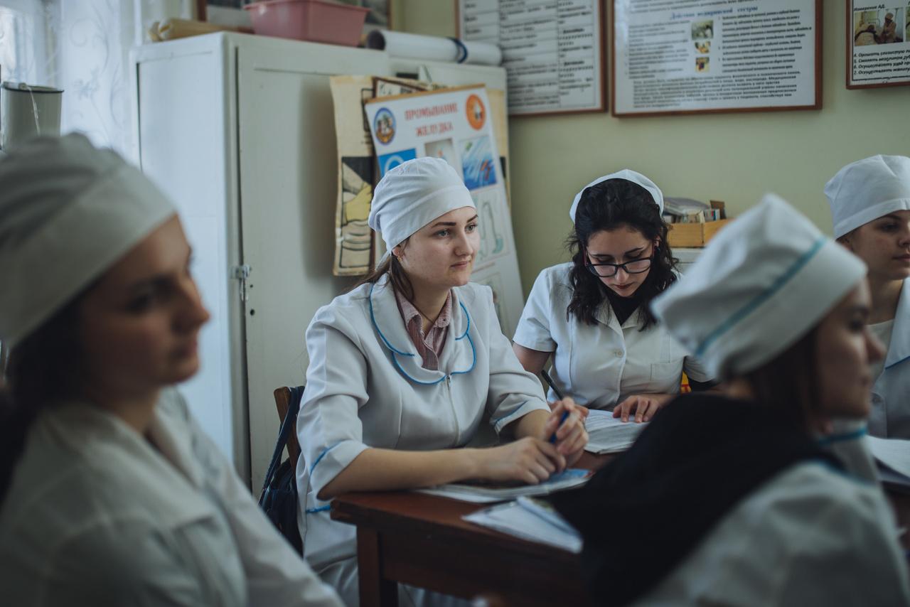 Tánya sikerrel vette az első akadályt: műr Tiraszpolban tanul főiskolán, hogy nővér lehessen. Még eggyel kevesebb fiatal, aki visszatér a szülőföldjére.