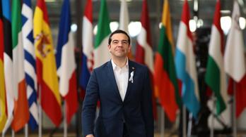 Görögország nehezen áll talpra pénzügyileg, de mindenkivel veszekedik