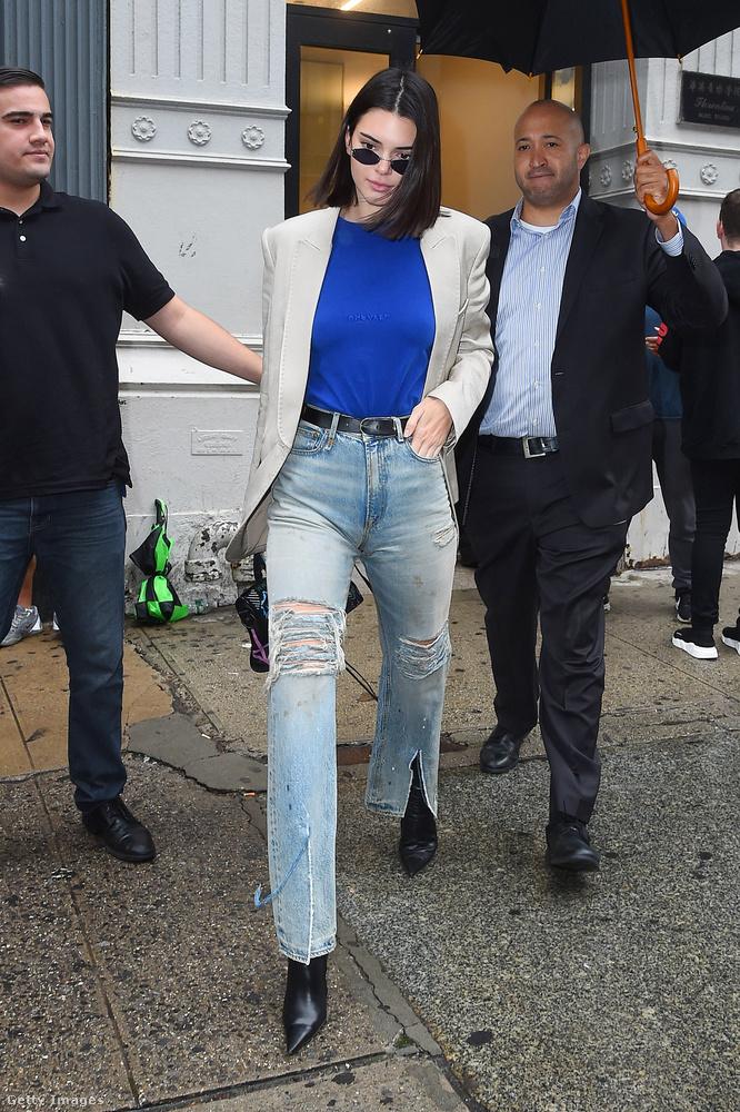 A Kendall Jenner-mellbimbót akaró lány kifejtette, hogy még miért is akar ilyen bimbókat.