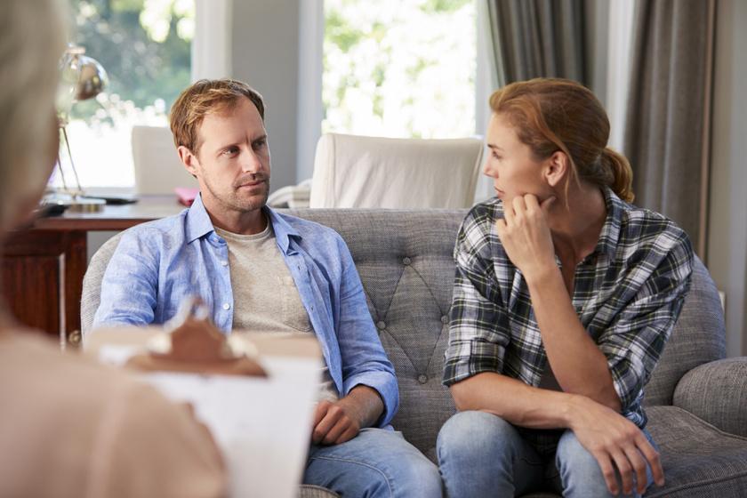 Meg lehet menteni a kapcsolatot a megcsalás után? 6 nő vallomása, akik megpróbálták