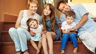 7 ok, amiért jó középső gyereknek lenni