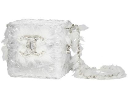 Tollas láncot kapott jégkocka táska 2010-ből