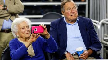 Meghalt Barbara Bush volt first lady