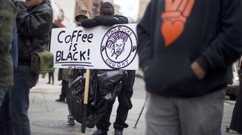 8000 Starbucks zár be egy fél napra érzékenyítő oktatás miatt