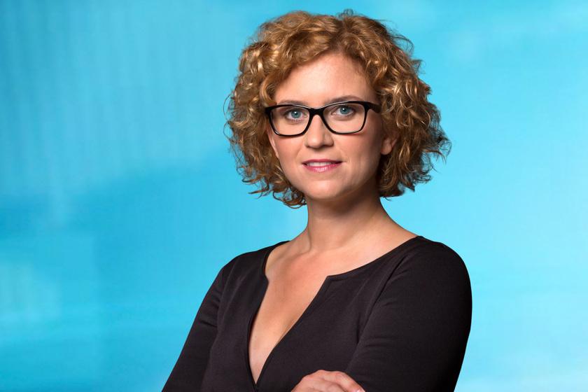 Két újabb magyar műsorvezetőnőt rúgott ma ki a tévécsatorna