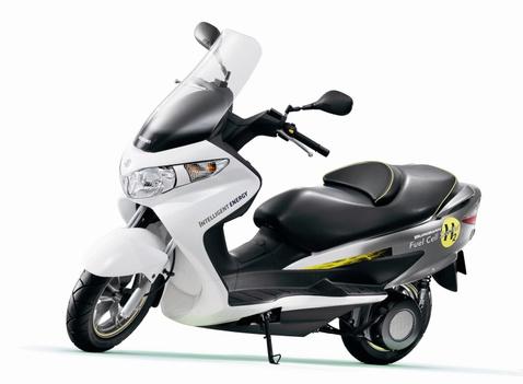 1-suzuki burgman scooter 800
