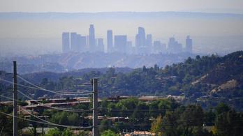 Szmogtól fulladozik Los Angeles