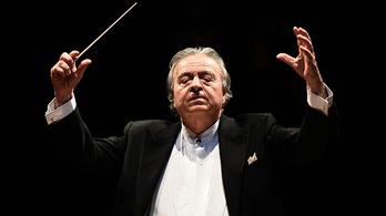 Világhírű operakarmester az Alba Regia Szimfonikusok élén
