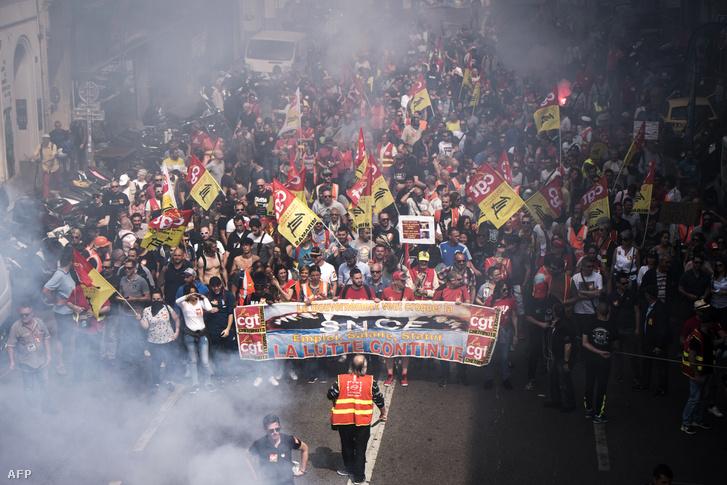 Tüntetők Marseille-ben