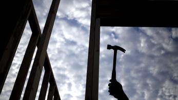 Hiába a járulékcsökkentés, nő a feketén dolgozók száma