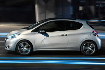 Vége a háromajtós Peugeot 208-asnak?