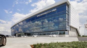 A német sajtó szerint letartóztatták a vezető motorfejlesztőt a Porschénál a dízelbotrány miatt