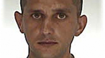 Megszökött a házi őrizetből egy sarudi férfi
