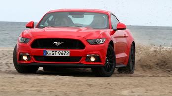 Összkerekes és hibrid is lehet a következő Ford Mustang