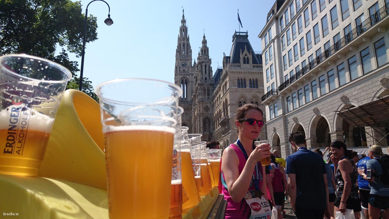 A célban az alkoholmentes sör oltotta legjobban a szomjat, mert legalább jó hideg volt.