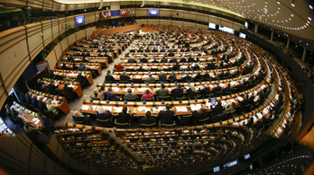 A magyarok és a lengyelek miatt keményítené be támogatási politikáját az EU