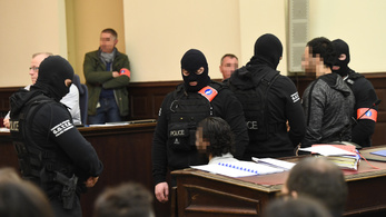 Bűnösnek mondta ki a bíróság Salah Abdeslamot
