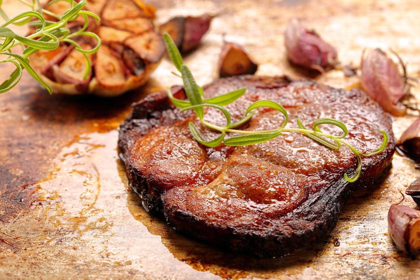 A vörös húsok a magas vastartalmuk miatt ajánlottak heti egy-két alkalommal.