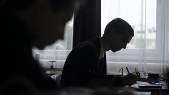 Beszóltak Orbánnak a gyenge kompetenciatesztek miatt