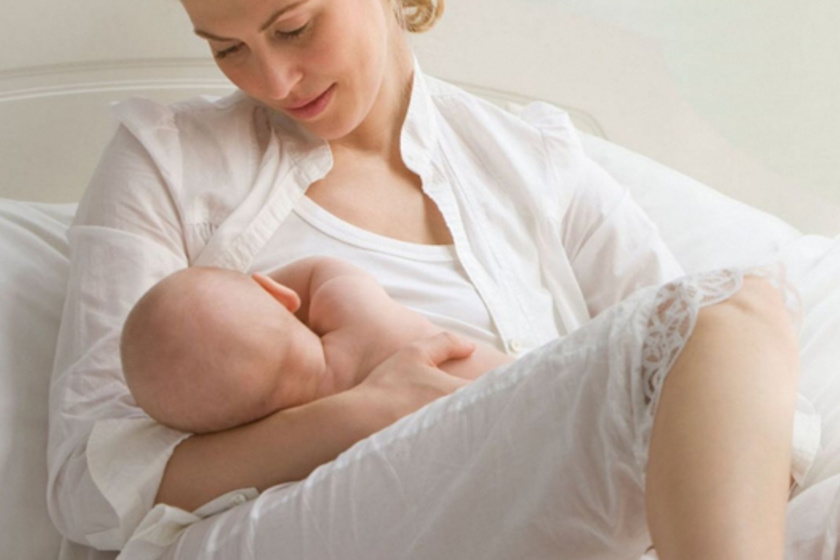 Terhesség alatti szoptatás - Szakembert kérdeztünk az előnyökről és hátrányokról