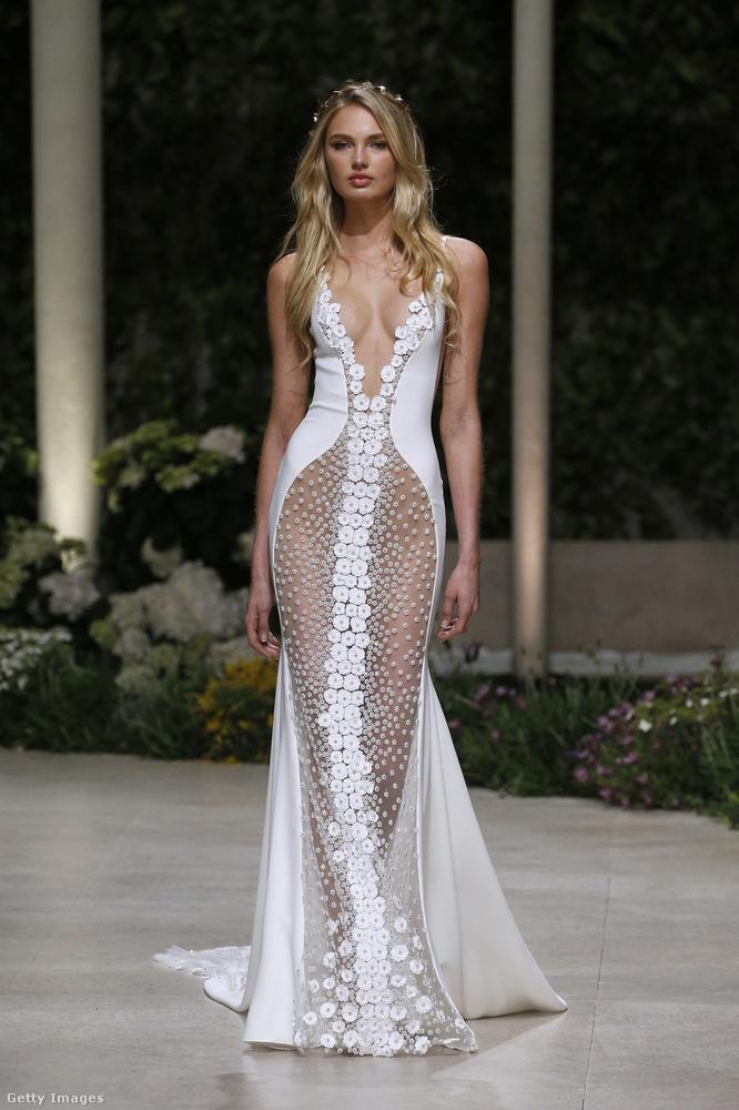 Hát ez a menyasszonyi ruha nem takar sokkal többet egy szettnyi Victoria's Secret-fehérneműnél.