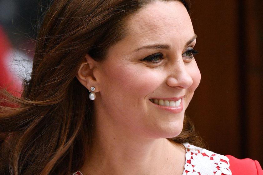 Katalin hercegné ruhájával emlékezett meg Dianáról - Így jelent meg a szülés után