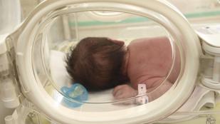 Újszülöttet hagytak a Jahn Ferenc kórház inkubátorában