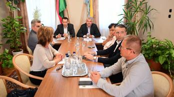 Mészáros Lőrinc nem ment el az utolsó önkormányzati ülésére