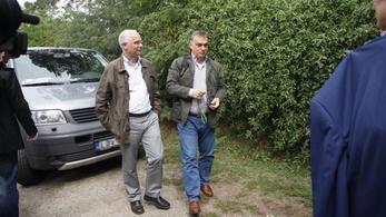 Orbán Viktor barátja árnyékból harcol tovább