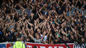 A Hajduk Split szurkolói bocsánatot kértek a fejbe rúgott Futács Márkótól