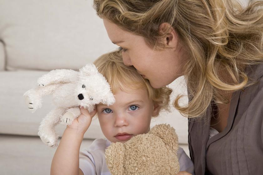 Nemcsak játék, pszichológiai oka van, hogy a gyerek miért szereti a plüssmackókat