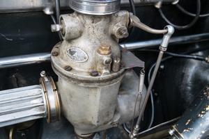 Mercedes-gyártotta karburátor