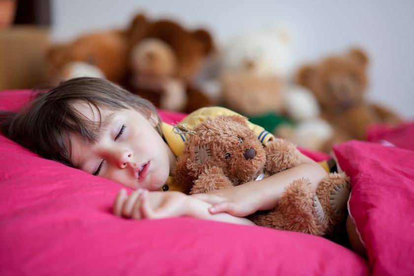 kislany-alszik