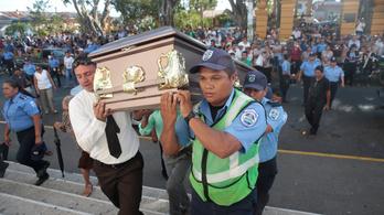 Nicaraguában már 34 halottja van a tüntetéseknek