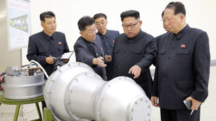 Kevesebb az atomfegyver, de egyre modernebb az atomarzenál