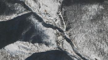 Összeomlott a hegy Észak-Korea atomkísérleti telepe fölött