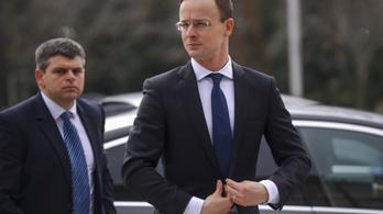 Szijjártó az EP-nek: A Soros-terv ott van az interneten