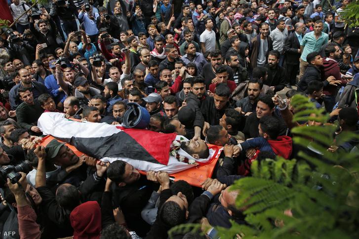 Ahmed Abu Husszein temetése