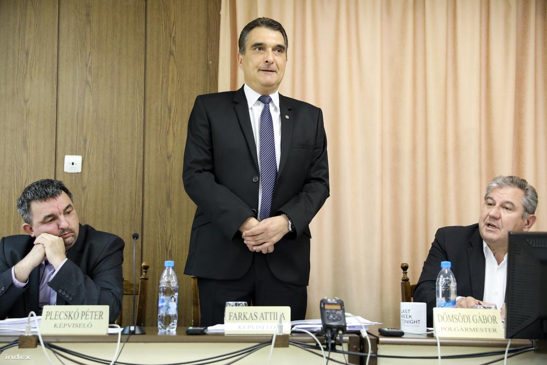 Plecskó Péter, Farkas Attila alpogármester és Dömsödi Gàbor polgármester